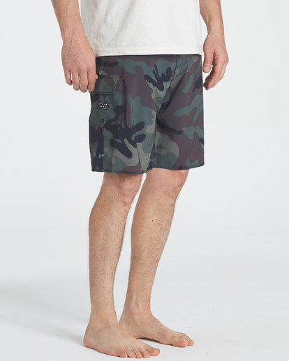 6 All Day Camo Pro Boardshorts Black M196TBAD Billabong