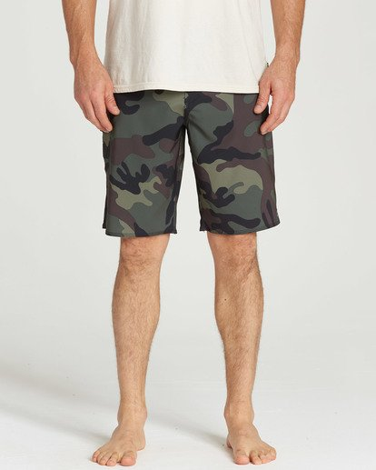 8 All Day Camo Pro Boardshorts Black M196TBAD Billabong