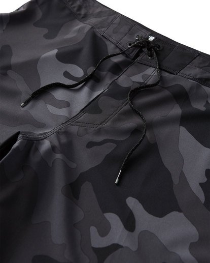 4 All Day Camo Pro Boardshorts Black M196VBAD Billabong