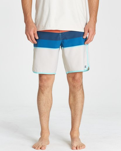 8 73 Stripe LT Boardshorts Green M198VBSP Billabong