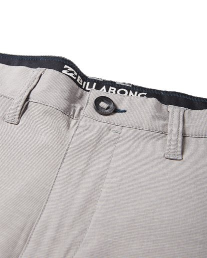 7 Crossfire X Mid Length Submersibles Shorts Grey M201VBCM Billabong