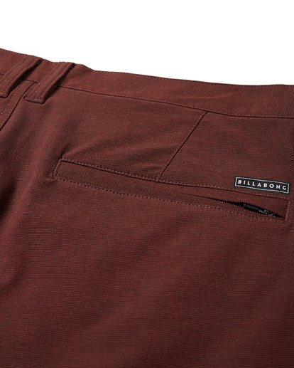 7 Crossfire X Mid Length Submersibles Shorts Red M201VBCM Billabong