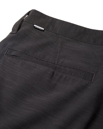 9 Crossfire X Submersibles Shorts Black M202VBCX Billabong