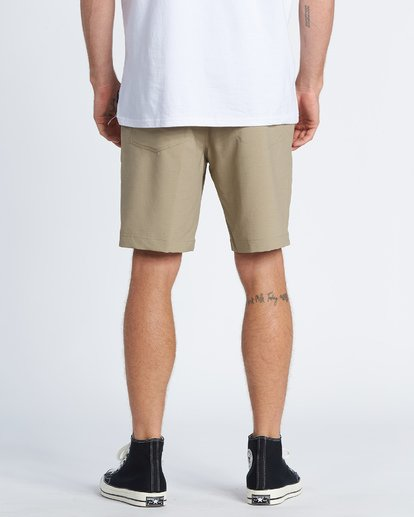 2 Surftrek Wick Performance Walkshort Beige M2161BSW Billabong