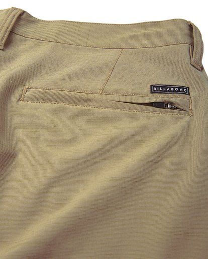 8 Surftrek Wick Shorts Beige M216NBSW Billabong