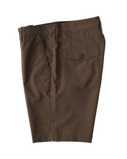 2 Surftrek Wick Shorts Brown M216NBSW Billabong