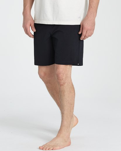 3 Surftrek Perf Elastic Shorts Black M219TBSP Billabong