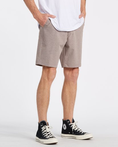 "2 A/Div Surftrek Oxford Walkshort 19"" Orange M2451BSO Billabong"