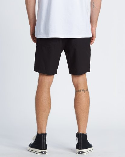 "2 Surftrek Perf Elastic Walkshort 18"" Black M2461BSP Billabong"