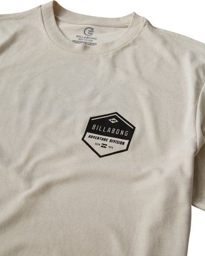 2 Badge T-Shirt Brown M414VBBE Billabong