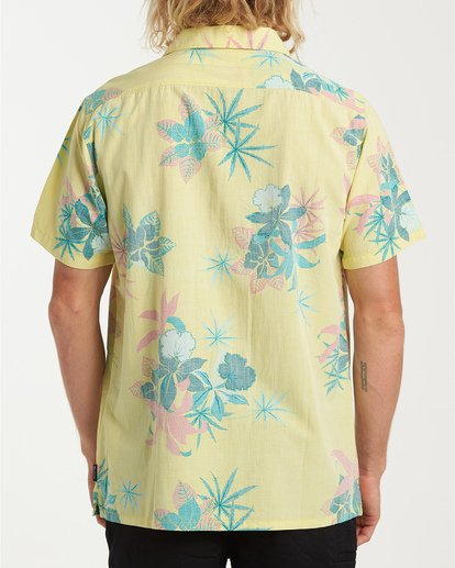 2 Vacay Print Short Sleeve Shirt Yellow M505VBVP Billabong