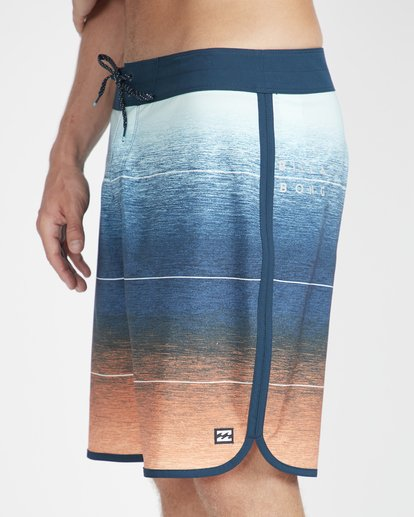 "3 73 Stripe Pro 19"" Boardshorts Naranja N1BS10BIP9 Billabong"