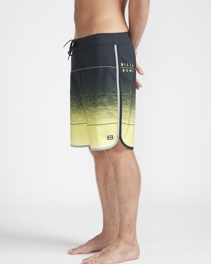 "5 73 Stripe Pro 19"" Boardshorts Yellow N1BS10BIP9 Billabong"