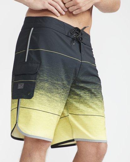 "3 73 Stripe Pro 19"" Boardshorts Yellow N1BS10BIP9 Billabong"