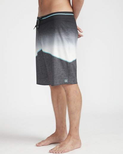"5 North Point Pro 20"" Boardshorts Negro N1BS11BIP9 Billabong"