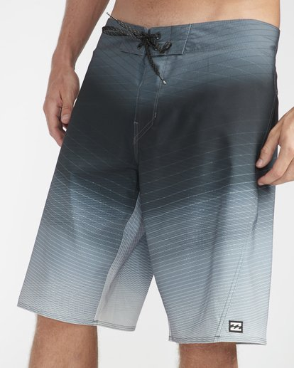 "2 Fluid Pro 21"" Boardshorts Grey N1BS12BIP9 Billabong"