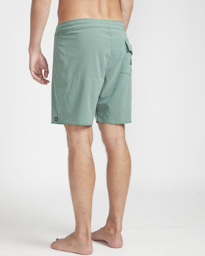 "6 All Day Ovd Pro 17"" Boardshorts Vert N1BS19BIP9 Billabong"