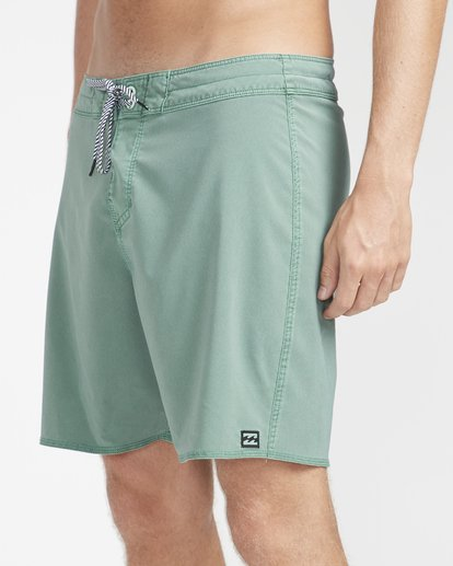 "2 All Day Ovd Pro 17"" Boardshorts Verde N1BS19BIP9 Billabong"