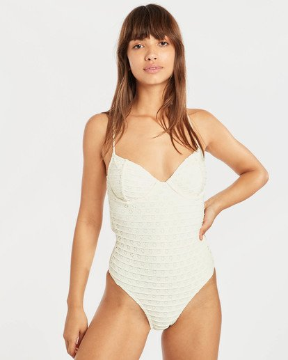 0 Sandy Kiss One Piece Amarillo N3SW11BIP9 Billabong