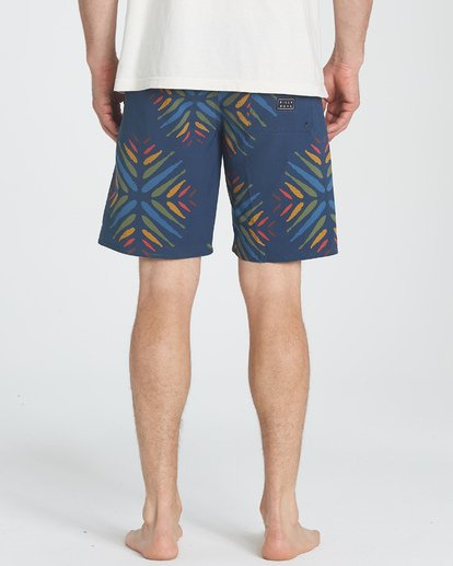 "3 Sundays Pro 19"" Boardshorts Violett P1BS07BIS9 Billabong"