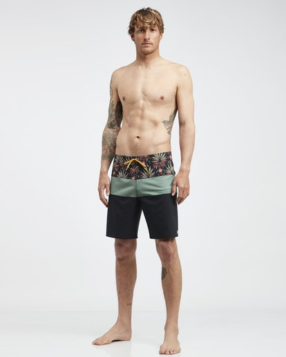 2 Tribong Pro - Boardshorts für Männer Blau Q1BS04BIF9 Billabong
