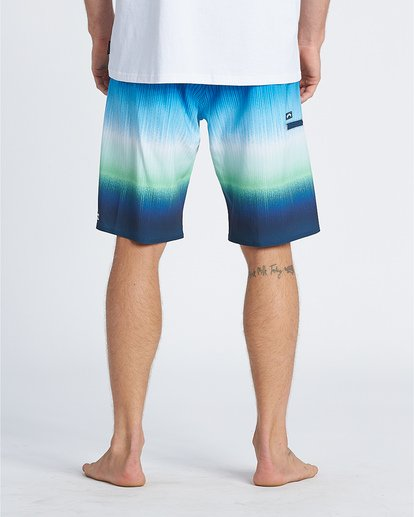 "6 Fluid Airlite 20"" - Performance Boardshorts für Herren Grün S1BS08BIP0 Billabong"