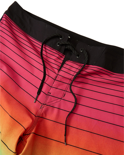 "6 73 Stripe Pro 20"" - Striped Board Shorts for Men Blue S1BS36BIP0 Billabong"