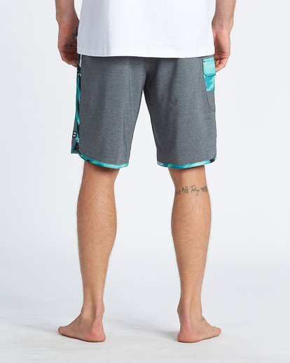 "10 73 Pro 20"" - Boardshort Performance pour Homme Gris S1BS38BIP0 Billabong"