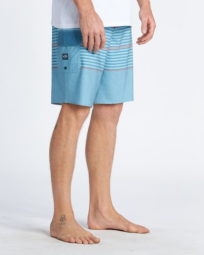 """7 All Day Pro 20"""" - Striped Board Shorts for Men Blue S1BS46BIP0 Billabong"""
