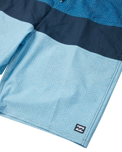 "7 Tribong 19"" - Colour-Blocked Board Shorts for Men Blue S1BS49BIP0 Billabong"