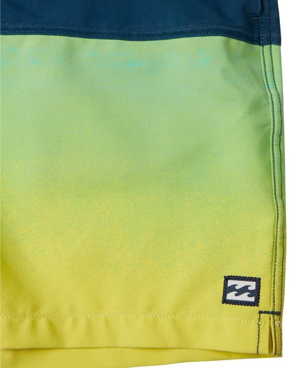 "7 Fifty50 Laybacks 17"" - Elastic Waist Board Shorts for Men Yellow S1LB06BIP0 Billabong"
