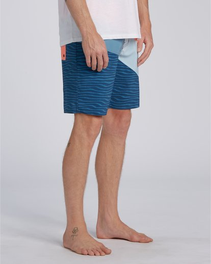 2 T-Street Pro - Board Shorts for Men Blue U1BS05BIF0 Billabong