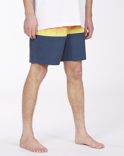"""4 Fifty50 Layback 17"""" - Recycled Board Shorts for Men Red W1LB03BIP1 Billabong"""