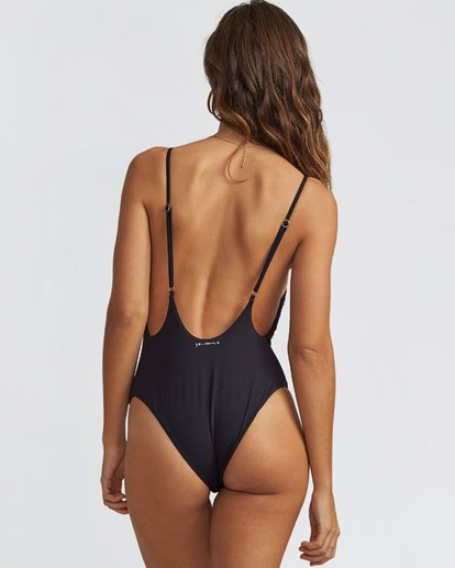 3 Kris Chau One Piece Swim  X113SBKR Billabong
