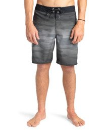 "Resistance 18.5"" - Board Shorts for Men  W1BS60BIP1"
