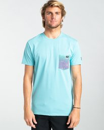 Team Pocket - Short Sleeve UPF 50 Rash Vest for Men  W4EQ06BIP1