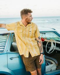 Wrangler Other Side Vacay - Short Sleeve Shirt for Men  Z1SH29BIF1