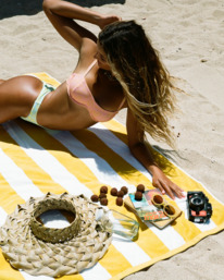 Hot Tropics Olivia - Underwire Bikini Top for Women  Z3ST38BIF1