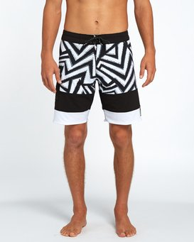 "Pump X 18"" Boardshorts  H1BS07BIP8"