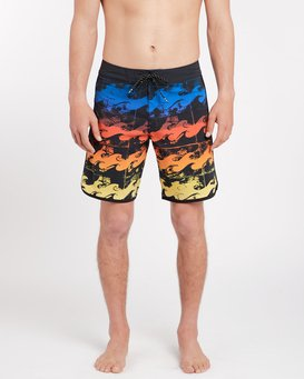73X Line Up 19'' Boardshorts  J1BS09BIS8