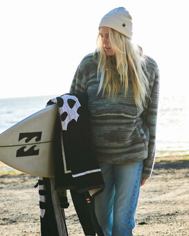 A/DIV Switchback - Sherpa Fleece Sweatshirt for Women  J6211BSW