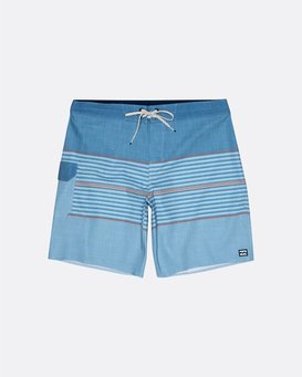 "All Day Pro 18"" - Striped Board Shorts for Men  S1BS46BIP0"