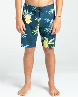 """Sundays Pro 17"""" - Recycled Board Shorts for Men  W1BS34BIP1"""