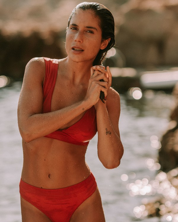 0 Sol Searcher Plunge Bikini Top Red ABJX300102 Billabong