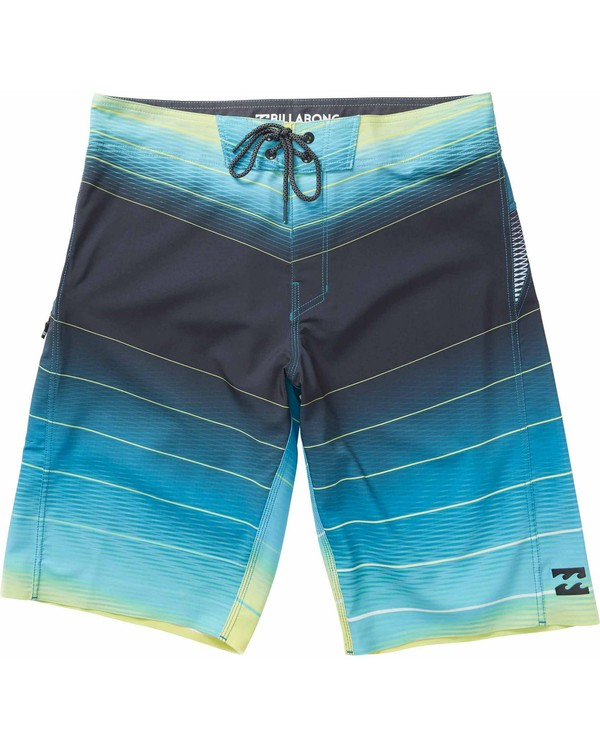 0 Boys' Fluid X Boardshorts  B132LFLX Billabong