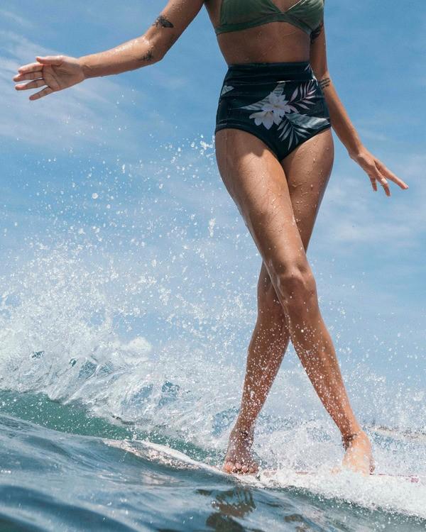 0 1mm Hightide Reversible Wetsuit Short White JWSH3BSC Billabong