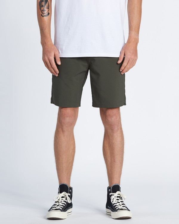 0 Surftrek Wick Performance Walkshort Brown M2161BSW Billabong