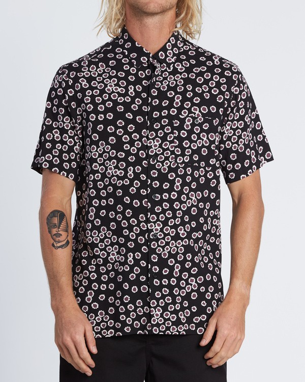 0 Sundays Daisy Short Sleeve Shirt Black M502WBSR Billabong