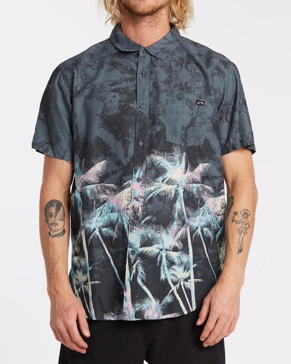 0 Sundays Floral Short Sleeve Shirt Black M5041BSF Billabong