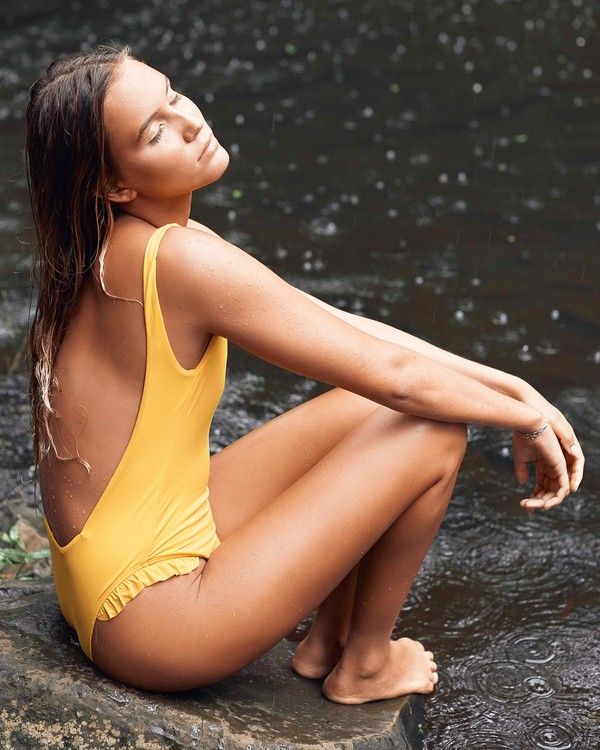 0 High On Sun One Piece Swim Yellow X109UBHI Billabong